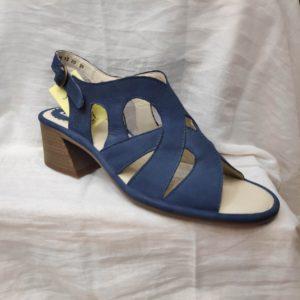 Sandalia de tacón azul