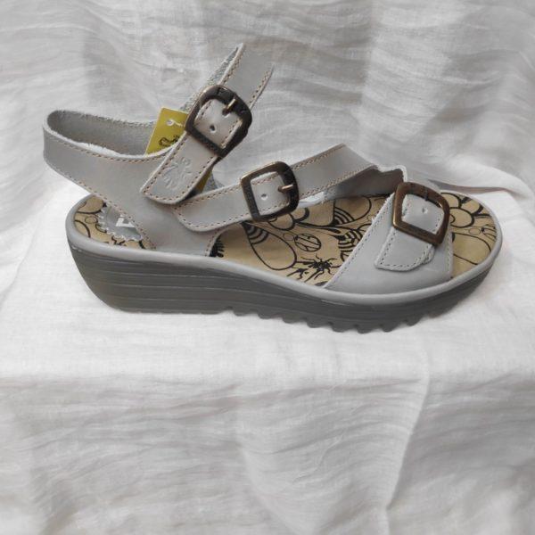 Sandalia color perla