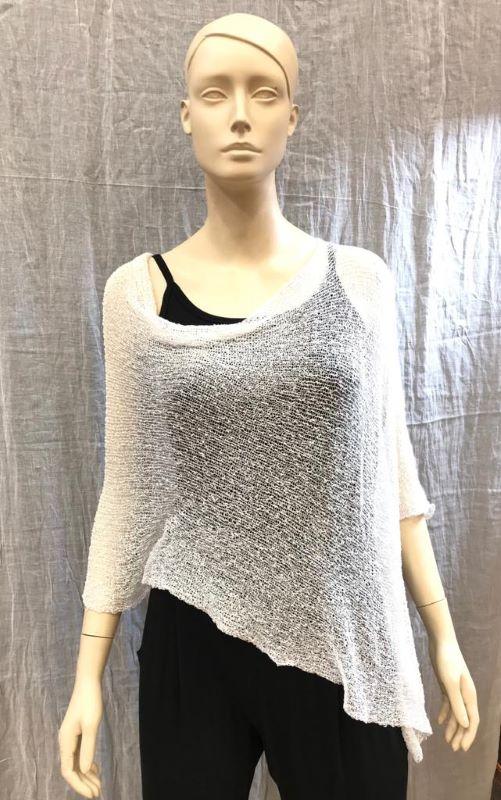 Poncho crochet blanco